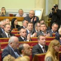 Особливий порядок самоврядування на Донбасі діятиме лише за легітимної влади