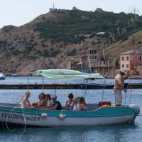 Прогулянки туристів на катерах — поза законом