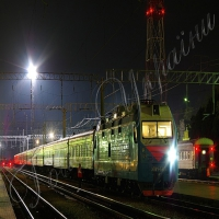 Подовжують платформи, щоб приймати поїзди з туристами