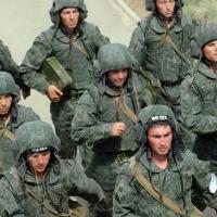 Руками волонтеров — обновки для танкистов