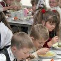 Перевіряльники в шкільних їдальнях виявили серйозні порушення