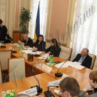Развивать межпарламентское сотрудничество