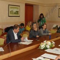 Донецьким журналістам розповіли, як живуть переселенці
