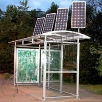 Сонячному місту — сонячні зупинки