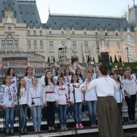 Нашу пісню слухав королівський палац
