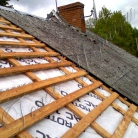 Половину дахів, пошкоджених градом, уже відновлено