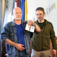 Медики-добровольці отримали нагороди