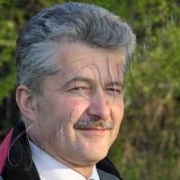 «Борються не за право розмовляти у побуті російською, а за право не вчити української...»