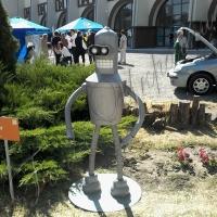 На Interpipe TechFest РЕЙСИНГували дрони та танцювали роботи СУМО...