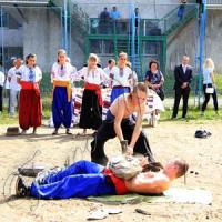 Школярів гартували по-козацьки