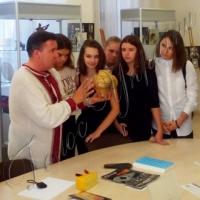 <<Звідки беруться дорослі>>?.. У столичному Центрі української культури та мистецтва…