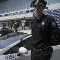 Поліцейське авто <<тверезо>> протаранило таксі