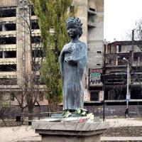 У столиці постав пам'ятник  Анні  Ярославні