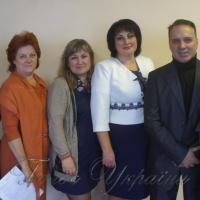 <<Спільнота біженців з Донецька та сходу України>> - за взаєморозуміння і довіру!