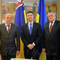 Чехія допоможе замінити шифер  на нешкідливу покрівлю