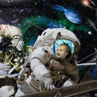 «Приміряли» костюми космонавтів