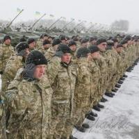 <<...Козаки йдуть. А попереду Дорошенко Веде своє військо, Веде запорозьке Хорошенько!..>> по-сучасному
