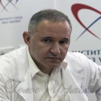 Борис Тодуров спростовує звинувачення адвоката МОЗ: «Міжнародні організації та Інститут серця закуповують  за одними цінами. Вчіть свою нормативку»