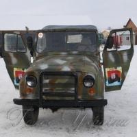 В Ізяславському лісгоспі відремонтували… <<УАЗ>>! Для медиків АТО