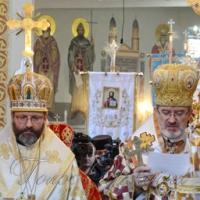Перепоховання <<народного єпископа>> стало маніфестом єднання церков