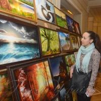 У кулуарах Верховної Ради України відбулася виставка картин 15-річної художниці...