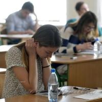 МОН просить скоригувати навчальні плани, щоб бакалаври встигли скласти ЗНО