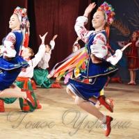На фестивалі <<Барвінкове кружало>> виступили 15 тисяч юних танцівників