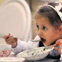 В столовых ученикам подают блюда из замороженного молока
