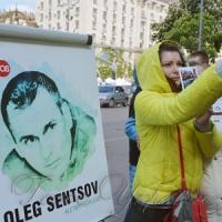 Знову вимагали звільнити Сенцова