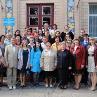 У селі Сахнівка Корсунь-Шевченківського району в авторській школі...