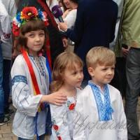 Вишиванкою - юна Україна!..
