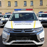 Правоохоронців посадили на нові автомобілі