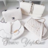 Как носить белые сумки: стилисты раскрывают секреты