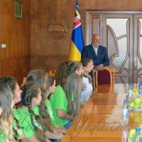 Мирне Закарпаття приймає школярів з прифронтової Луганщини