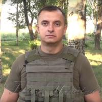 На Донбасі — бойові будні, під Києвом — репетиція військового параду