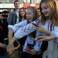 Після посвяти першокурсники Києво-Могилянської академії знайомляться з  її талісманом