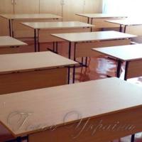 Три тисячі нових парт — для трьохсот класів