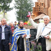 Створив 60 пам'ятників, сім із них — Тарасу Шевченку