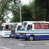 Дезінфікують автобуси через кір