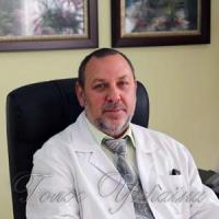 Олександр Клюсов: «У лікуванні онкопатології потрібно сповідувати єдині підходи, тактику і стратегію»