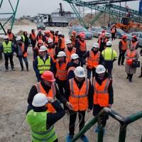 Потужність нового заводу — п'ять тисяч тонн вапняку на добу