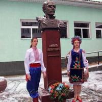 Сто творів Леонтовича на день його народження