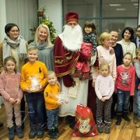 17 та 19 грудня співробітники Посольства України відвідали святкові вечори...