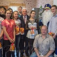 Міський голова Борисполя  вручив подарунки від Святого Миколая...