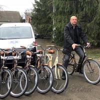 Центральна районна лікарня Черкаської області отримала санітарний автомобіль, а...
