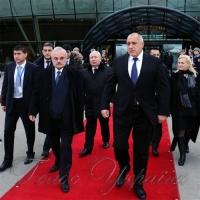 Азербайджан витісняє