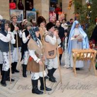 Закарпатцям колядували юні словаки