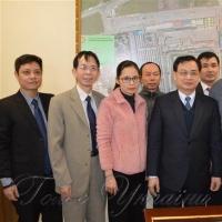 Посол В'єтнаму побував на одеському ринку