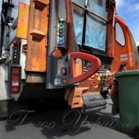 ...«сміттєвий» скандал набирає обертів