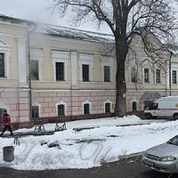 Київський Музей  Івана Гончара —  в окропі